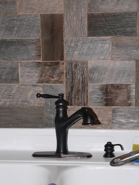 Barnwood Bricks Grey Backsplash